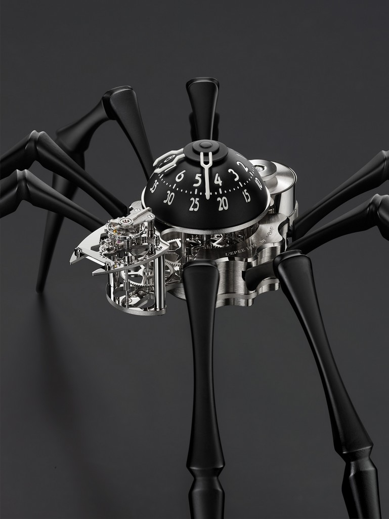 Arachnophobia-Black-CloseUp