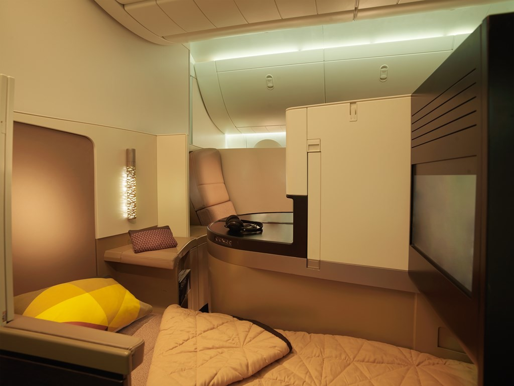 Etihad Airways Business Studio 01